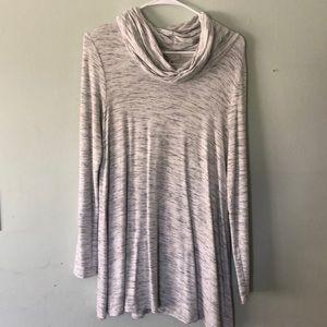 Long sleeve long shirt